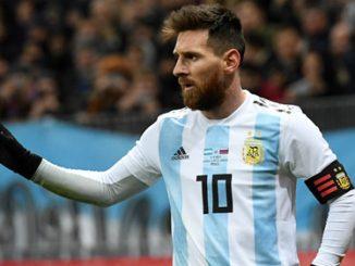 Island národní tým chtěl hrát proti Lionel Messi